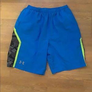 Under armor workout shorts size medium